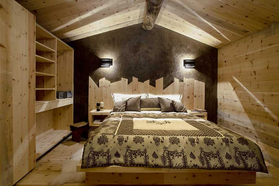 Marmolada bed in Swiss pine