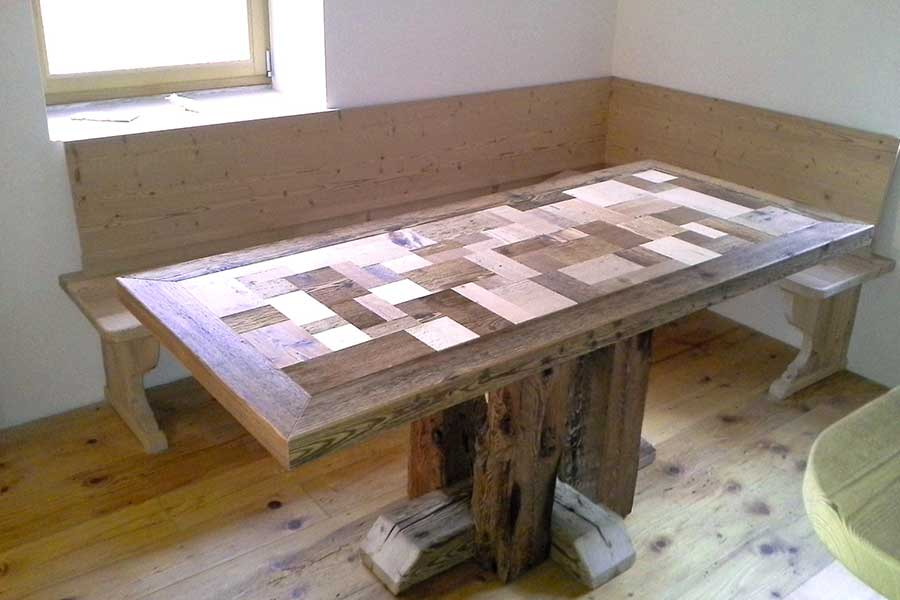 Cansiglio table with old wood inserts
