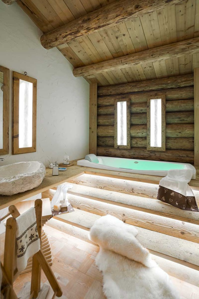 Wood Jacuzzi Area