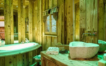 rustic bathroom in old wood hermannwood976